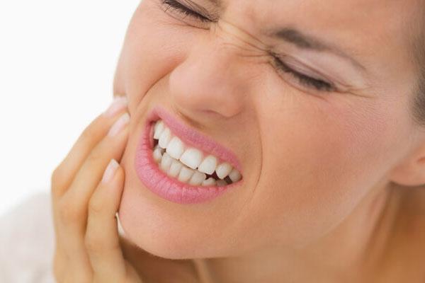 مشکلات رایج روکش دندان